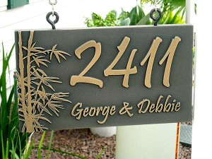 Hi Janey, We are wanting a new sign! We are moving to a new address. We would like the same style/color/size sign as you made for us in our original order. Here's how the present sign looks: THANKS! Debbie 7/2014