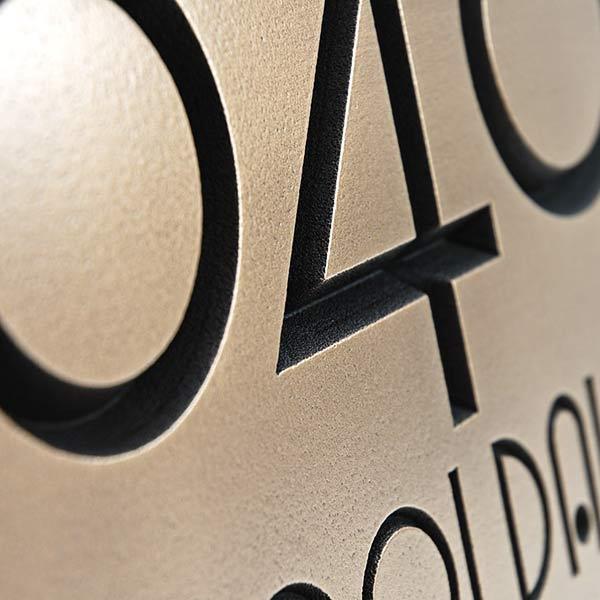 Grado Gradoo Address Plaque - Bronze Detail